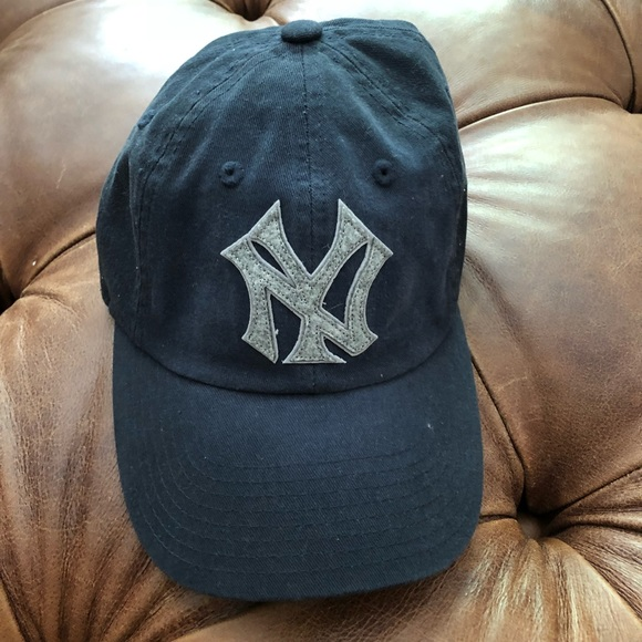 a468d74e3 American Needle NY Yankees hat. One size